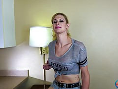 Another `Cumshot Monday` episode is here and it stars gorgeous Kellie Shaw in her Grooby Girls debut scene, following a few amazing solo scenes she shot with Radius Dark for TGirls.XXX! Standing 6`3` tall, Kellie has amazing long legs and a hard 7.5` dick